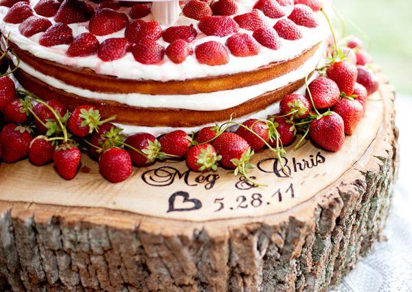 Southern weddings, Cyn Kain, strawberry wedding cake, tree trunk cake stand, strawberry wedding ideas, rustic wedding ideas, farm wedding id...