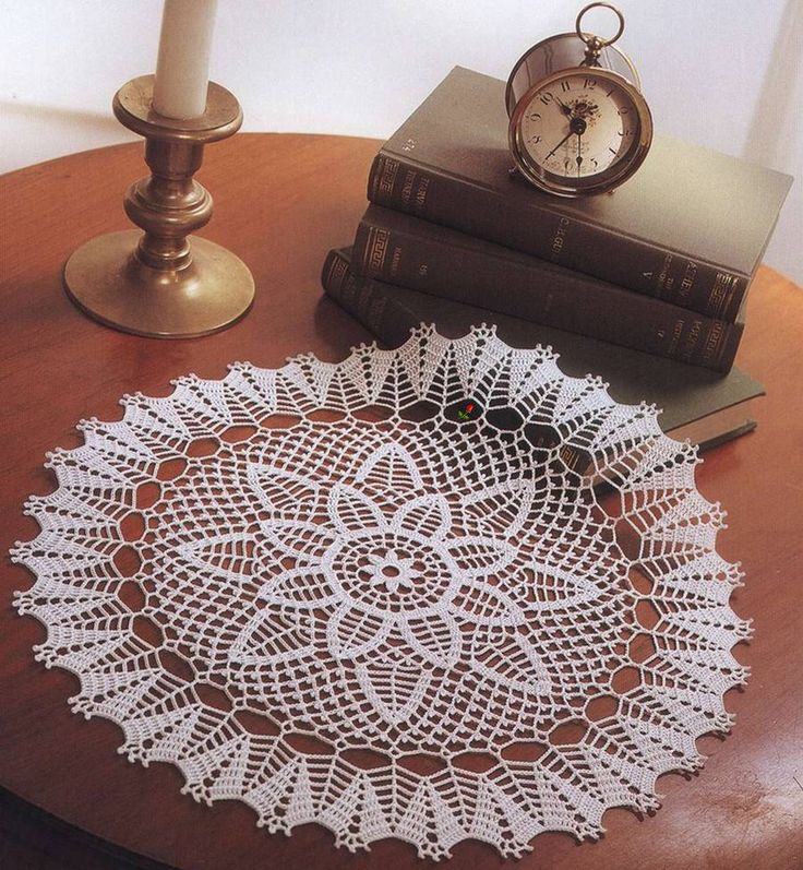 1000 Images About Doilies And Furniture Scarves On Pinterest