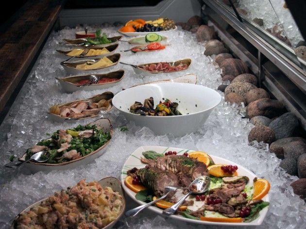 Ravintola Origon seisovapöytä #visitsouthcoastfinland #ravintolaorigo #hanko #origo #ravintola #restaurant #food #seisovapöytä #buffet