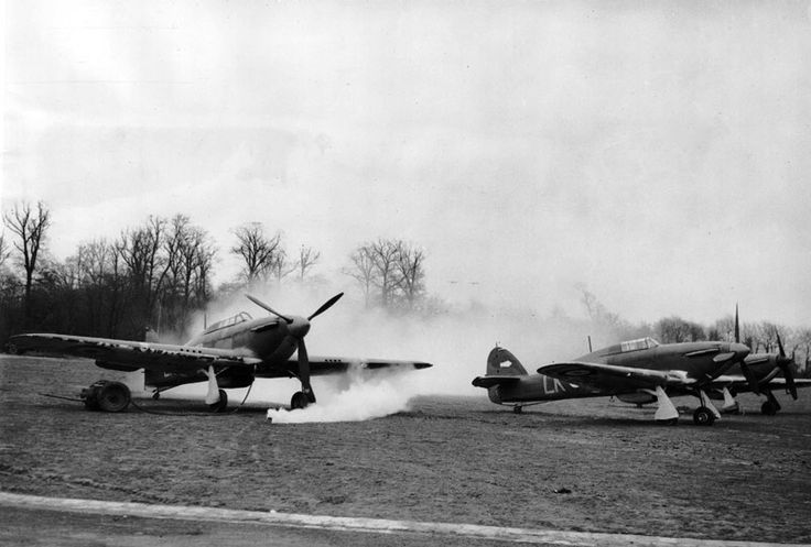 Many expected that the Germans would use gas at the outbreak of hostilities in September 1939. Constant training took place, with smoke bombs enveloping the fighters of No 87 Squadron RAF in their dispersal at Seclin used during a practice gas attack in early 1940.