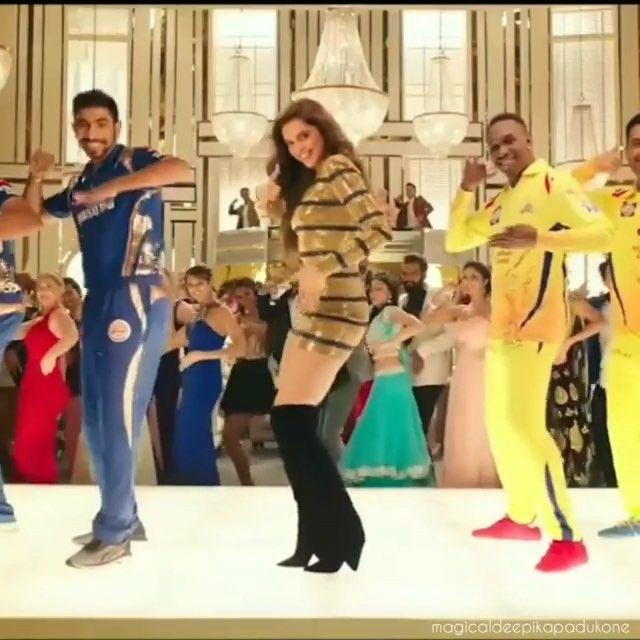 296 Likes 2 Comments Deepika Padukone S Videos Deepikapadukonevideos On Instagram Omg She Looks Very Very Hot In This Ji Deepika Padukone Instagram Hot