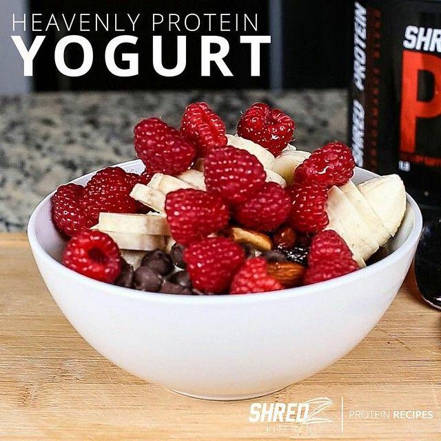 """- HEAVENLY PROTEIN YOGURT - INGREDIENTS ▫️1 cup No fat greek yoghurt ▫️ 1 banana ▫️ Handful of Raspberries ▫️1 Scoop SHREDZ Cinnamon Bun Protein…"""
