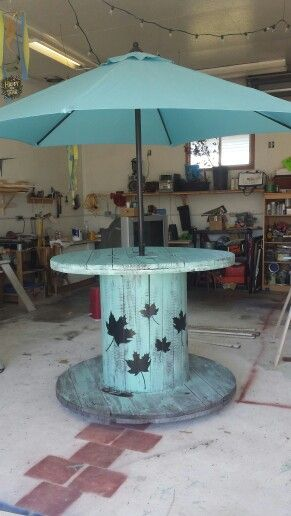 Large Spool Patio Table on wheels. Great for summer entertaining.  diy
