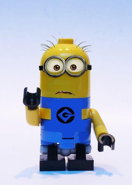 I WANT THIS MINION LEGO!!!!!!!!!!!!!