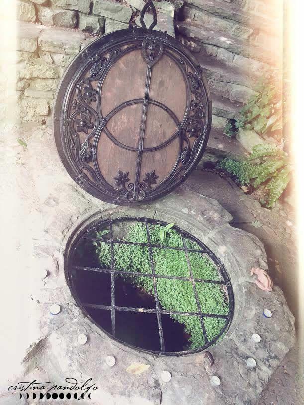 Chalice Well. Holy Waters. Photo by ©Cristina Pandolfo - www.cristinapandolfo.com - www.dryadesdesign.com