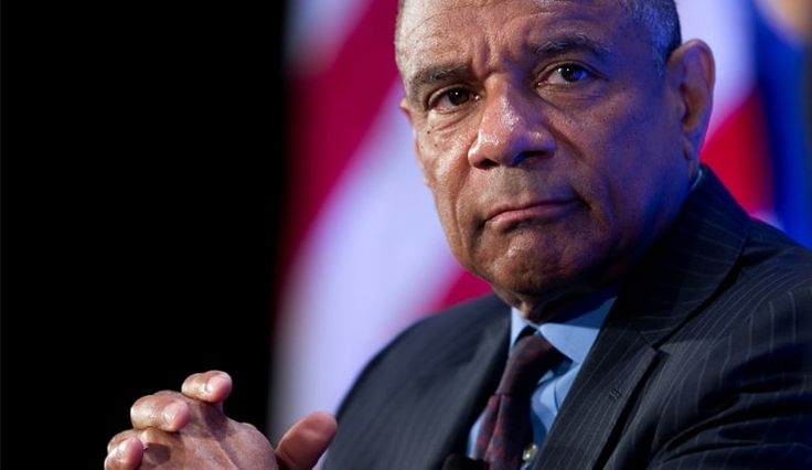 After Over 15 Years, American Express CEO Ken Chenault Calls It Quits  American Express CEO Kenneth Chenault is retiring from his post after 30 years of being associated with the company.  Read more: https://www.techfunnel.com/hr-tech/15-years-american-express-ceo-ken-chenault-calls-quits/