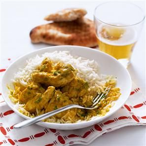Quick coconut chicken curry recipe. What's better than a chicken curry? A quick chicken curry, that's on the table in 40 minutes. Don't be put off by the time-saving products – they're there to make life easier.