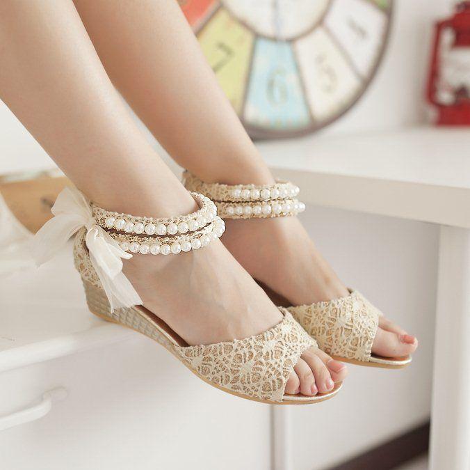 Free Shipping Ladies Shoes Sweet Beading Sandals Vogue Lace Flats Cute Bowtie Open Toe Sandals Women Sandals Flat Sandals C2C $30.99