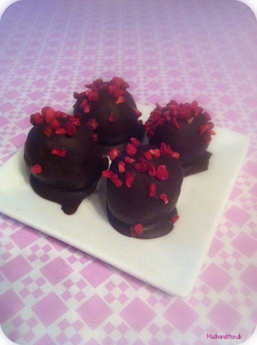 Hjemmelavet marcipan med orangechokolade og hindbær