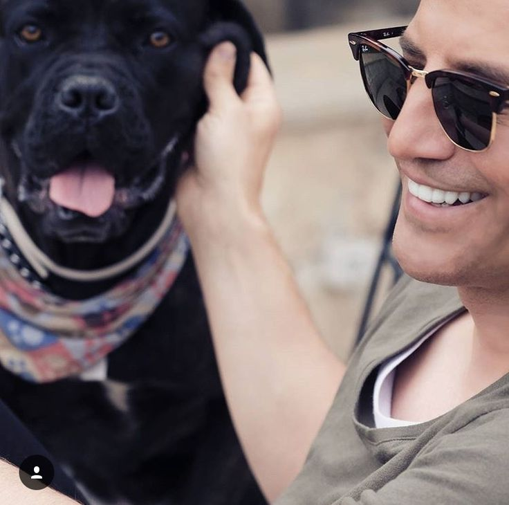 Sakis Rouvas and his dog Μαγιά