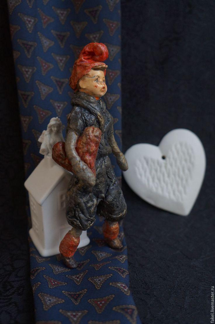 Купить Ватная игрушка с антикварной головушкой Шут и сердце - черный, ватная игрушка