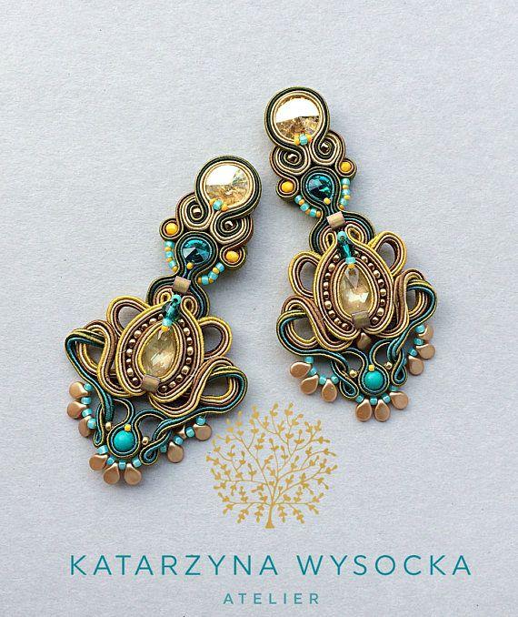 soutache earrings, gold and teal earstuds, pendientes soutache, orecchini soutache, boucles d'oreilles, turquoise earrings, chandelier