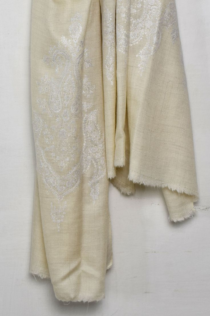 Creamy Beige Embroidered Pashmina Shawl