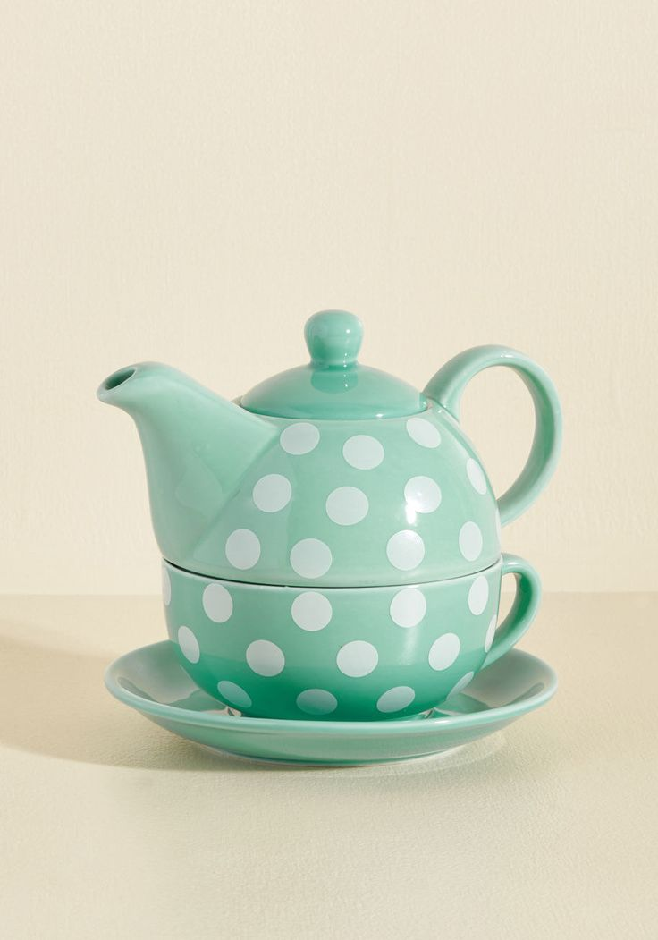 https://www.modcloth.com/shop/kitchen-dining/spots-of-tea-set/10085721.html?dwvar_10085721_color=MINT