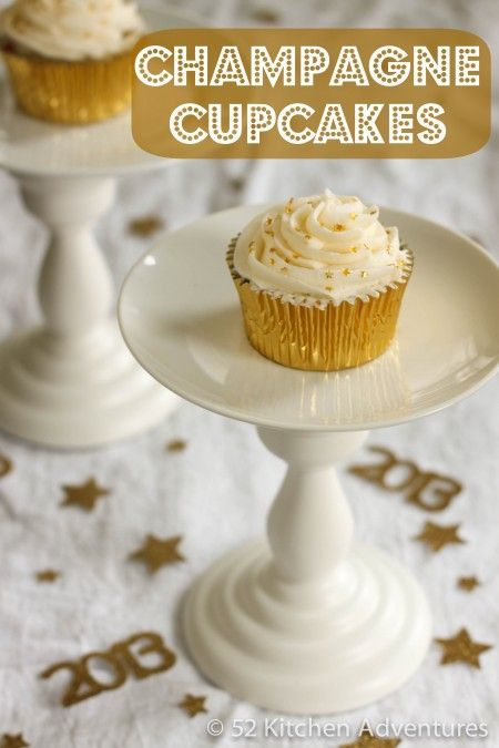 Champagne+Cupcakes+http://www.52kitchenadventures.com/2012/12/26/new-years-eve-champagne-cupcakes/