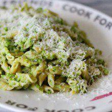 Broccoli Pesto Pasta at laurenslatest.com