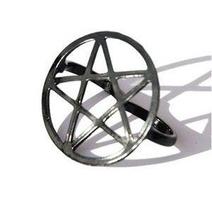 """www.gothlab.com - your gothic desire  """"ogni #gioiello é una #scultura in miniatura"""" A  #gotico #goth #gothic #mistico #ring #anello #pentacolo #stella #wicca #witch #magic"""