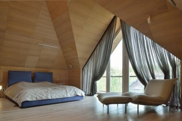μοντέρνο μινιμαλιστικό υπνοδωμάτιο ιδέες ντιζάιν δωμάτιο σοφίτα τοίχο ξύλινου δαπέδου και οροφής