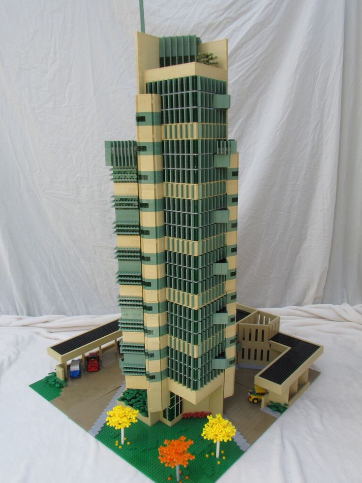 Lego Architecture Moc Lloyd S Building