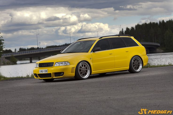 Gloss yellow wrapped Audi RS4 by http://eteippi.fi/shop/en