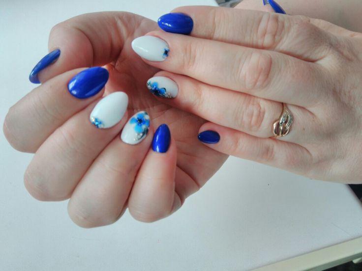 Мои красавцы 😍Весенний  дизайн ногтей. #ультрамарин