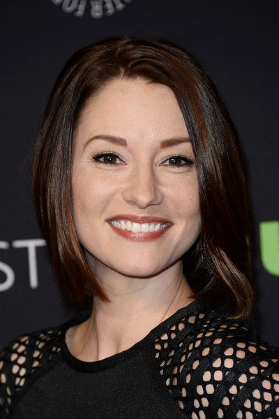"""Chyler Leigh Photos - The Paley Center For Media's 33rd Annual PaleyFest Los Angeles - """"Supergirl"""" - Arrivals - Zimbio"""
