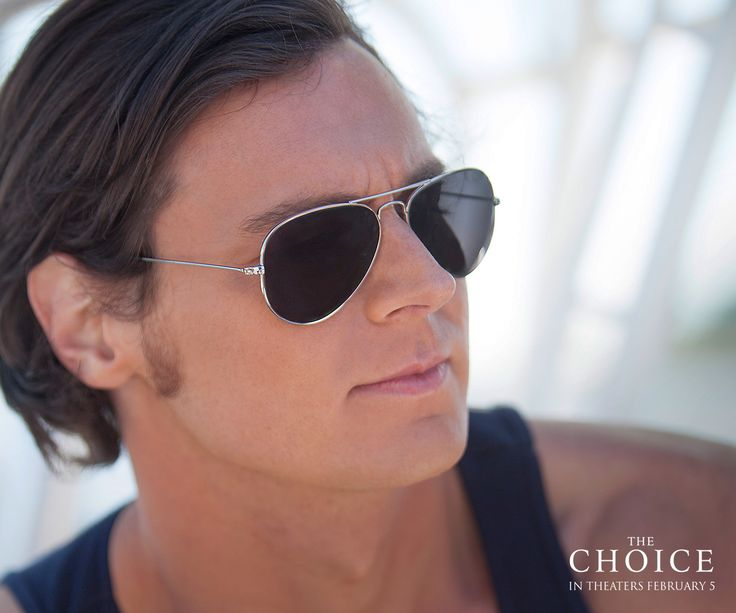 Travis Parker (@FindTheWalker) had no reason to settle down… until he met Gabby. #ChooseLove #TheChoice