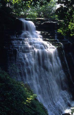 Brandywine Falls, Cuyahoga Valley National Park, Ohio; photo by Tom Jones