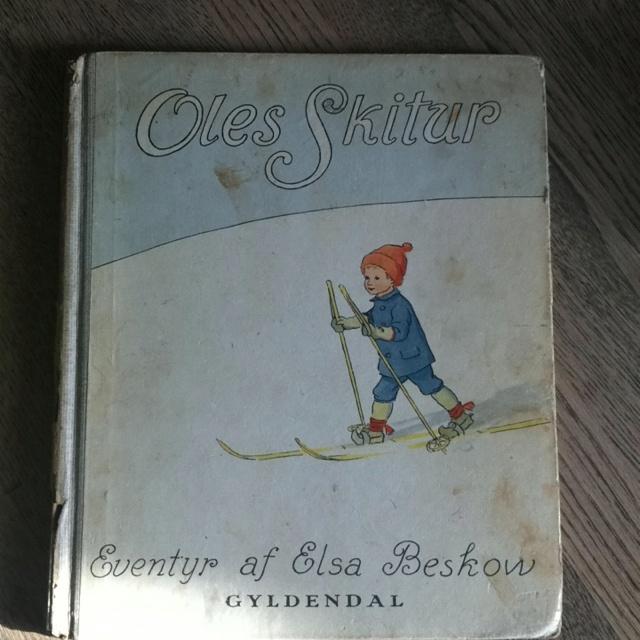 En af de få billedbøger fra min egen barndom - jeg elskede den. Elsa Beskow: Oles skitur.