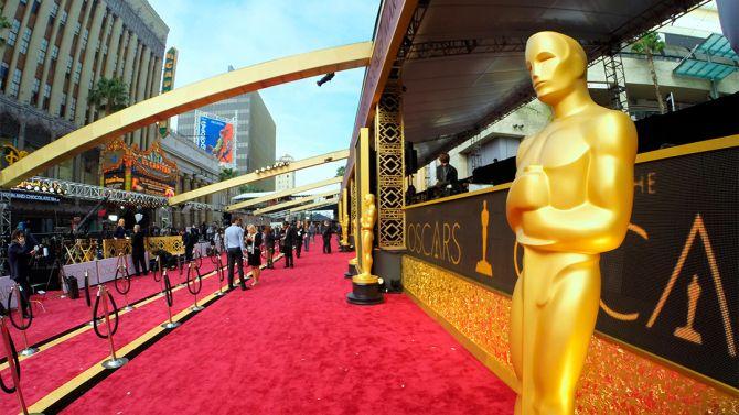 Oscars Live Blog 2016: Follow the