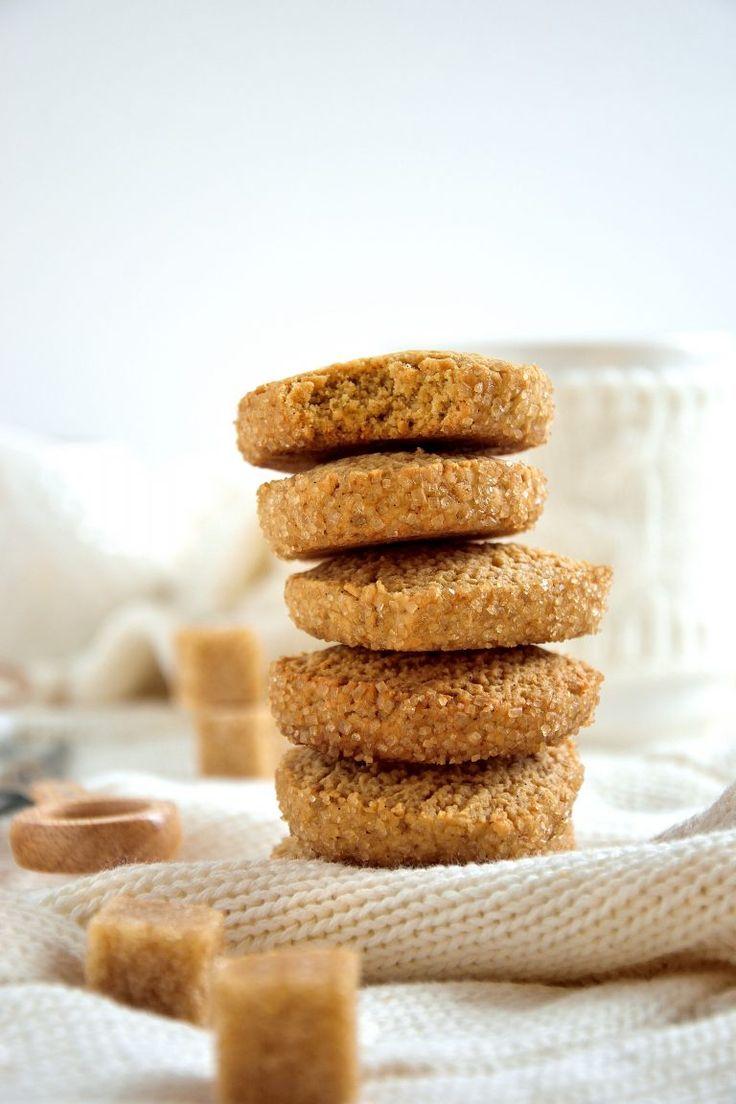 Biscotti rustici di farro e zucchero di canna – In cucina con Giada e Sara