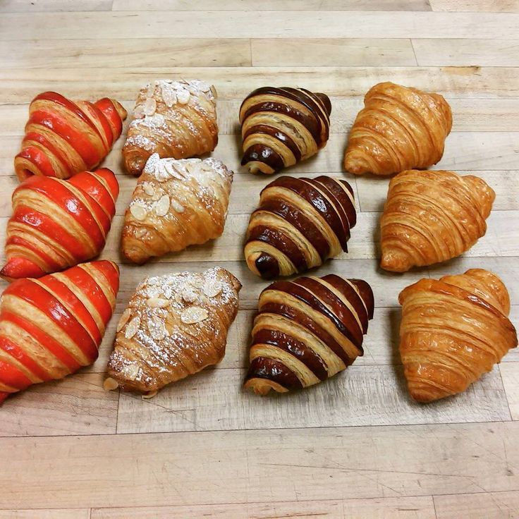 #croissant #coffee #raspberry #almond
