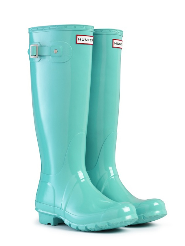 If someone is stumped on what to get me for my b-day this spring, I'll take these in a size 9: Original Rain Boots | Rubber Wellington Boots | Hunter Boot Ltd