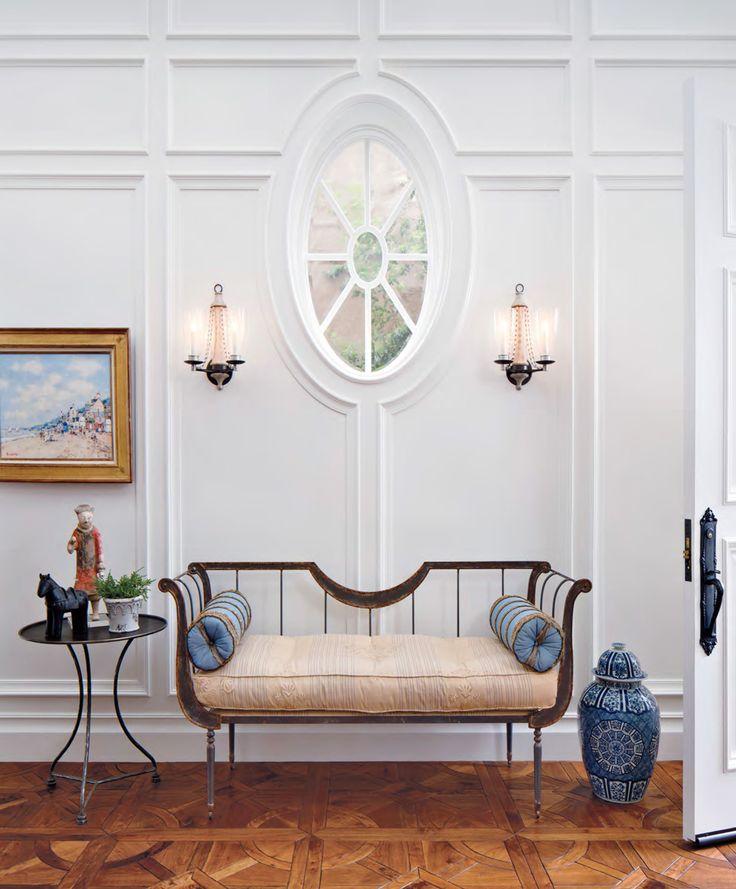 Niermann Weeks Toulon Settee In A California Foyer Designed By Melinda Grubbs Niermannweeks