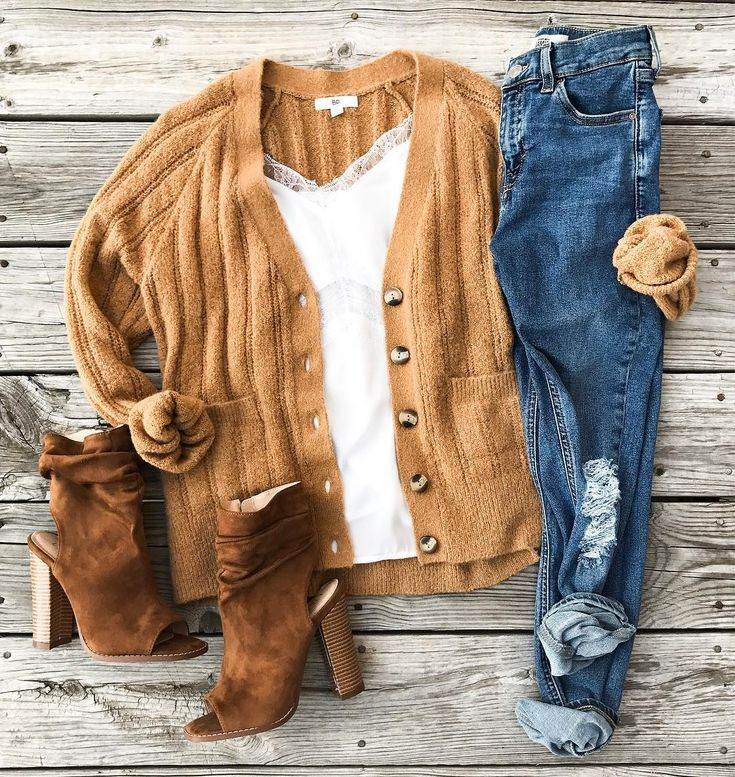 Mustard sweater, jeans, boots