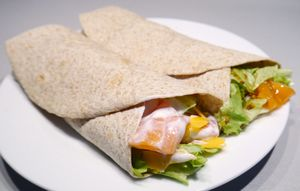 Tortilla s lososem na dva způsoby