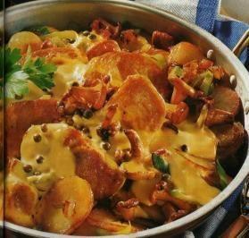 Das perfekte Filettopf nach Ratsherren-Art-Rezept mit Bild und einfacher Schritt-für-Schritt-Anleitung: Kartoffeln waschen und ca. 20 Minuten kochen…