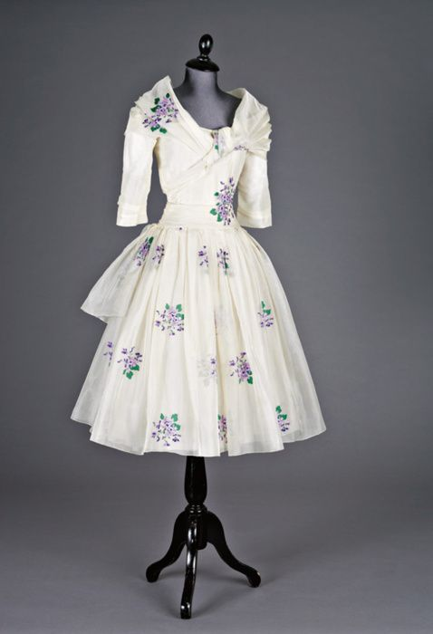 Vintage Christian Dior Couture 50s white blue cocktail dress full skirt portrait collar 3/4 sleeves floral designer vintage