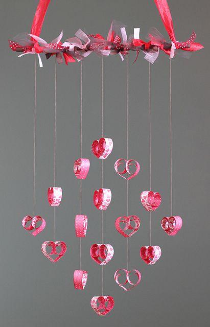 Mobile rempli d'amour ( et de cœur en papier) #diy