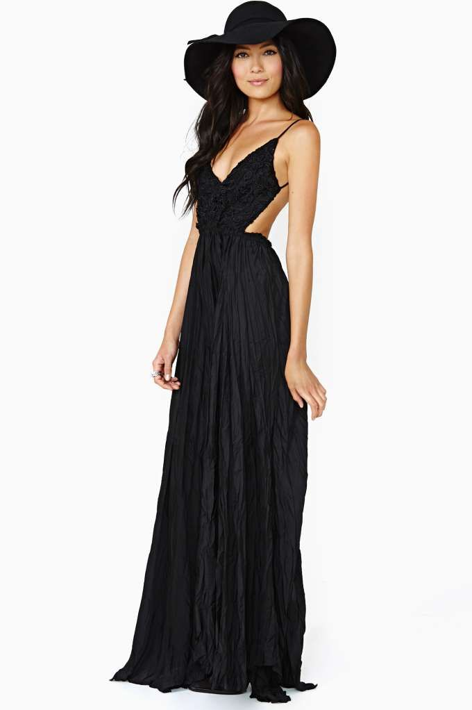 Edge Of Eternity Maxi Dress                                               $128.00