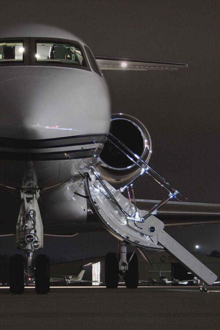 Phenom 300 cockpit phenom executive jet line leaders of innovation - Invictus