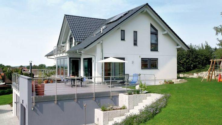Architektur Haus Hillside Landschaftsgestaltung Aussendesign Bild Ergebnis Fur Haus Am Hang Garage Architektur Haus Terrasse Design Modern House Exterior House Exterior