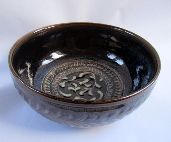 Large jun glazed salad bowl.