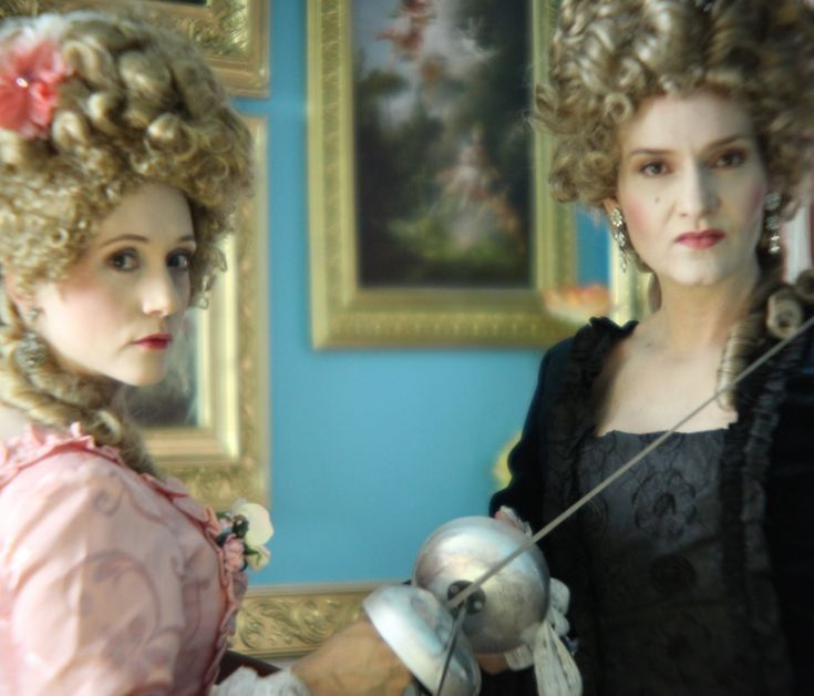2 Titanic Actress Teach a Rococo Makeup Tutorial / Marie Antoinette Makeup /18th Century Makeup