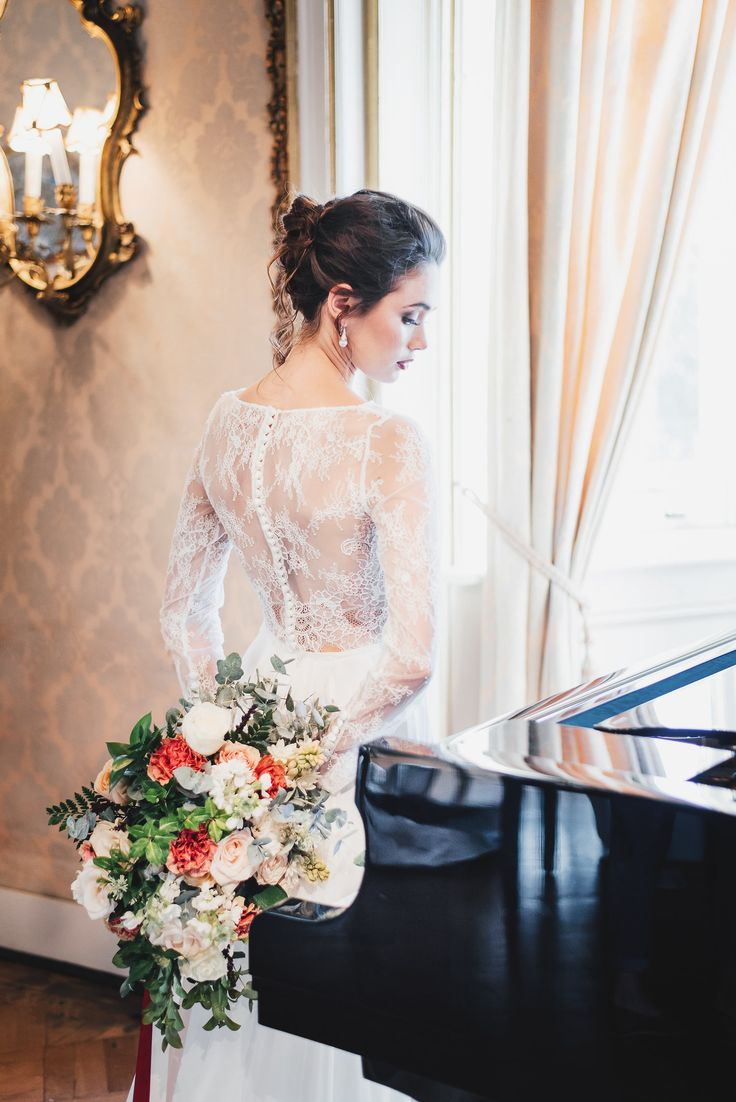 A sumptuous bridal styled shoot with some of our jewelry to accentuate a bride on her wedding day.