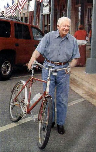 It has come to my attention that President Jimmy Carter rides a Rivendell Atlantis. Fantastic.