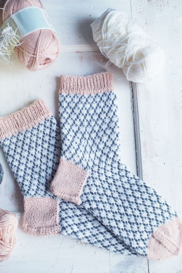 DIY Knitted Socks - FREE Pattern / Tutorial
