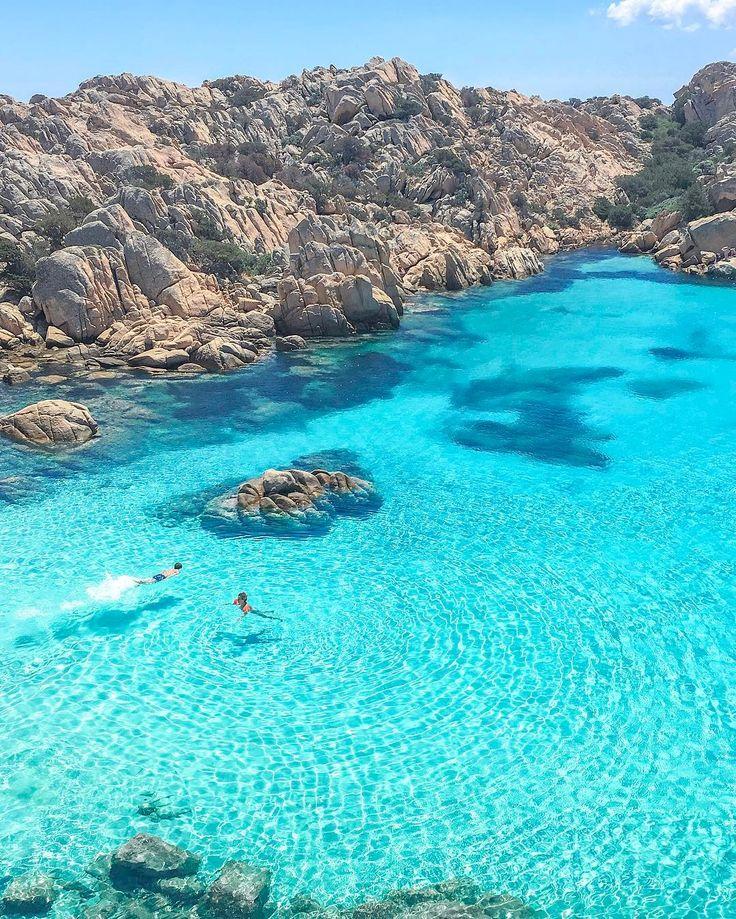 Cala Coticcio, Caprera, Strandurlaub Sardinien in Italien.