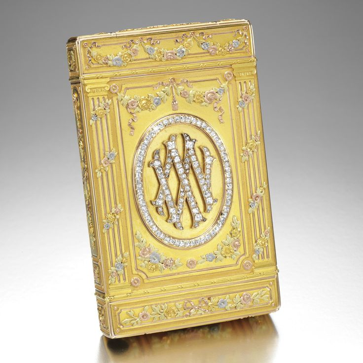 ROMANOV HEIRLOOMS: THE LOST INHERITANCE OF GRAND DUCHESS MARIA PAVLOVNA: A Fabergé Imperial cigarette case, workmaster August Holmström, St Petersburg, 1899, the surface chased with flowers within arches and Ionic columns, the base with diamond-set Roman numeral XXV; reverse, Latin initials M and V for Grand Duchess Maria Pavlovna and Grand Duke Vladimir Alexandrovich for their 25th wedding anniversary. Purchased by Empress Alexandra Feodorovna on 14 August 1899 at a cost of 1350 roubles…