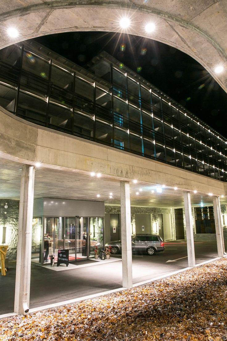 Reisetipp Ferien Graubünden, Davos. Erfahrungen und Bericht AMERON Mountain Hotel Davos. Wellness Bereich, Restaurant, Bar, Ausflüge, Wandern Urlaub Davos.